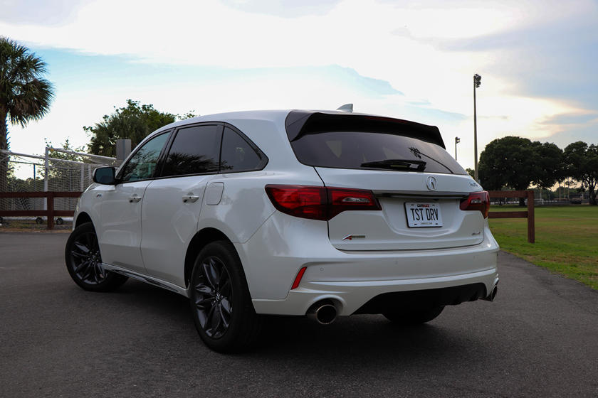 2020 Acura MDX rear view