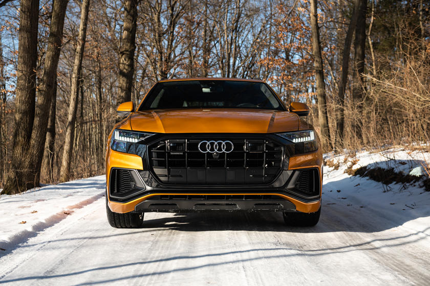 2021 Audi Q8 SUV Front View