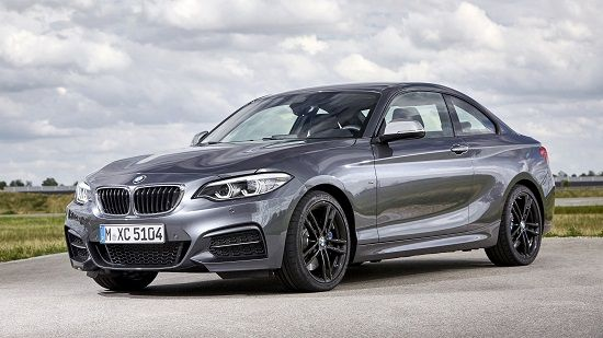 2020 BMW 2-Series Front Three-Quarter View