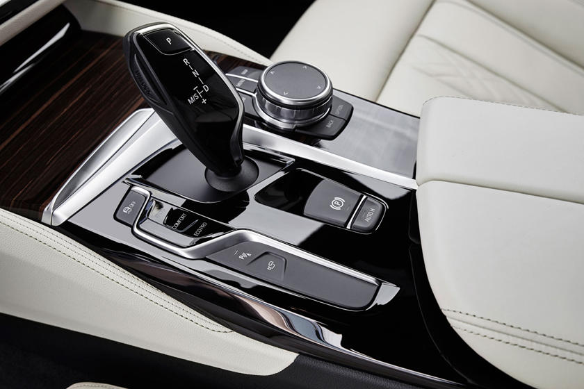 2020 BMW 5 series interior