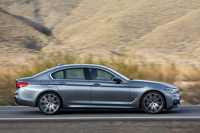 2020 BMW 5 series side view