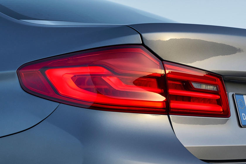 2020 BMW 5 series taillight