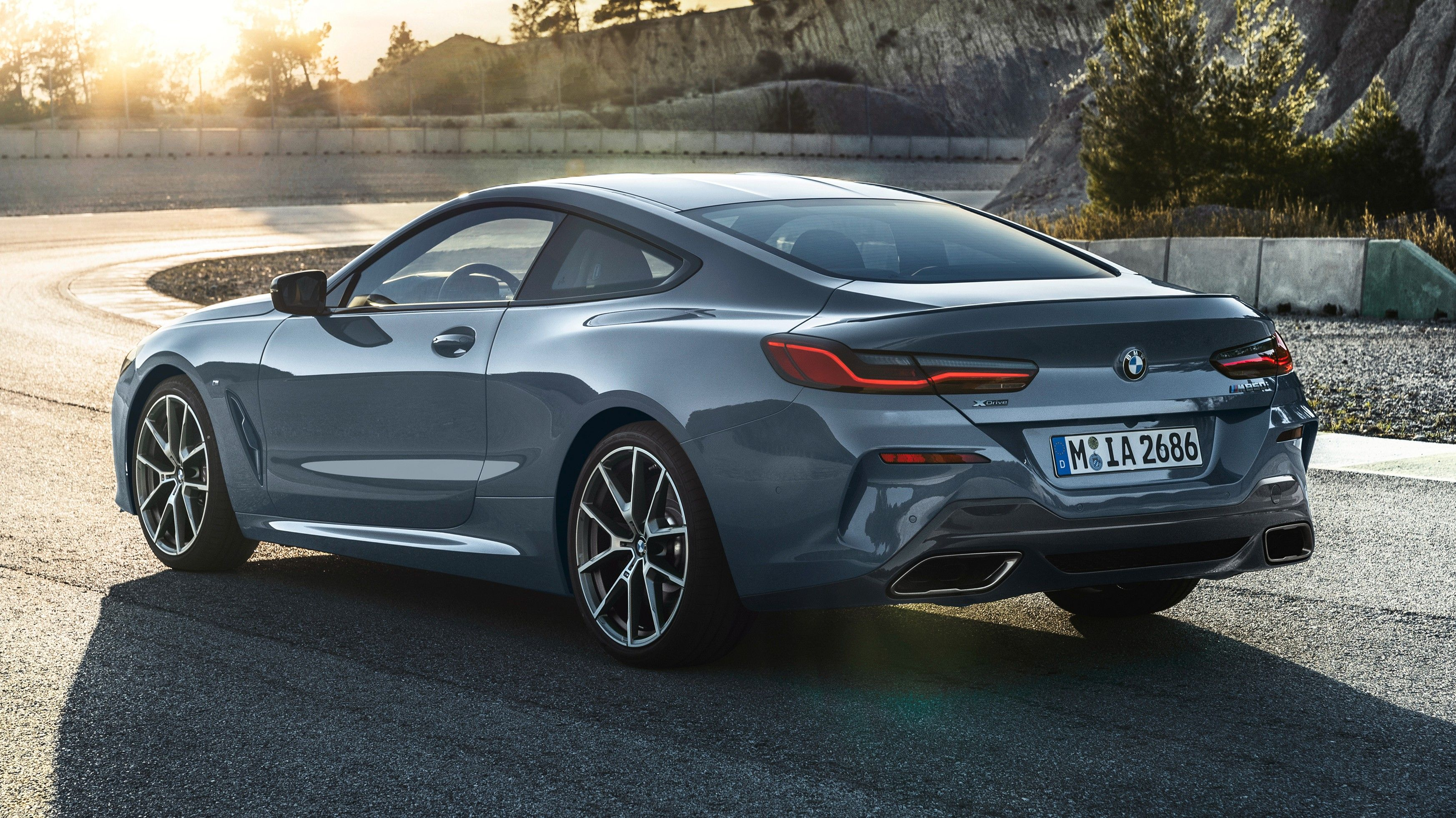 2020 BMW M850i Rear Three-quarter View