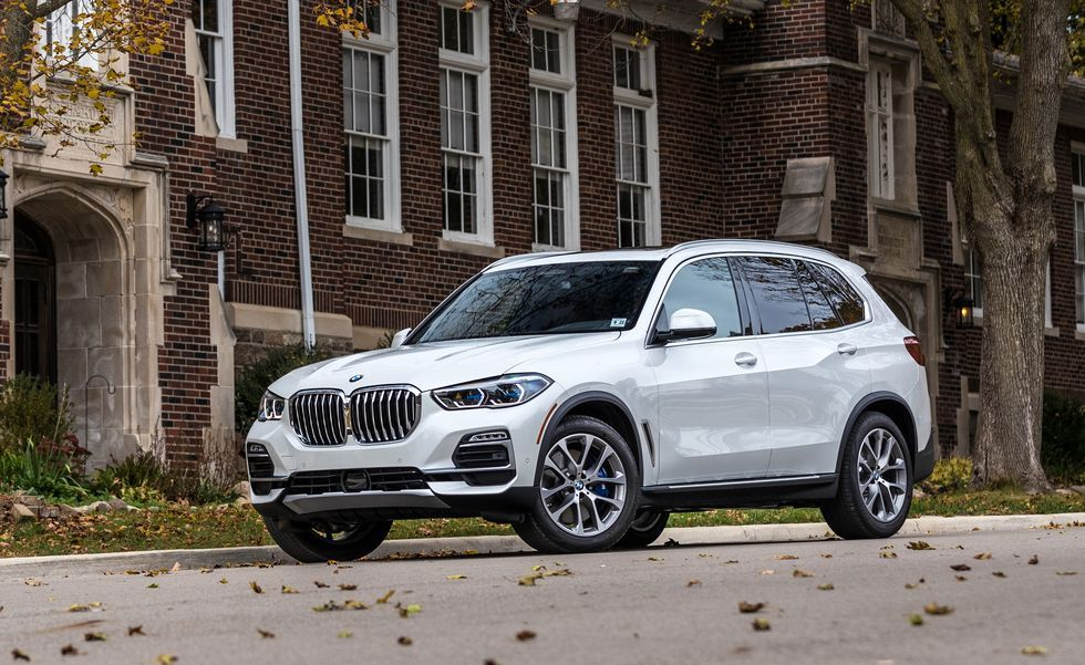 2019 BMW X5 Three quarter view