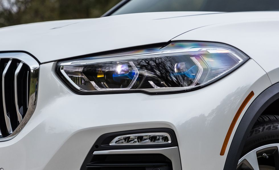 2019 BMW X5 headlight