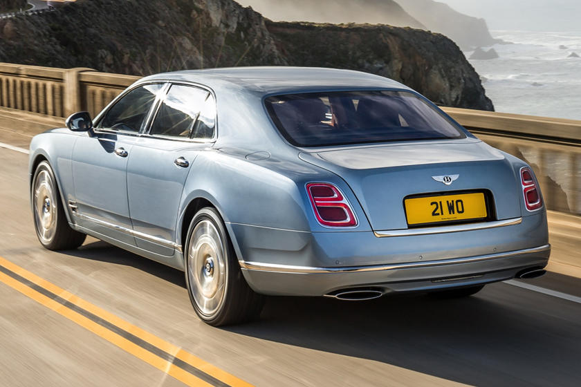 2020 Bentley Mulsanne rear view