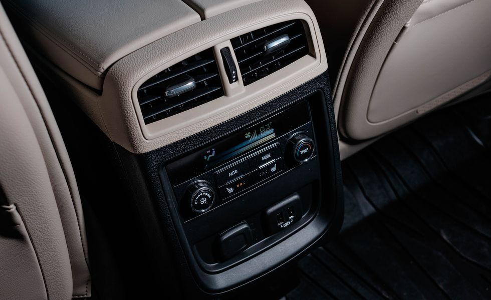 2020 Buick Envision air vents