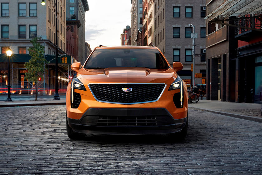 2020 Cadillac XT4 front view, orange, black grille