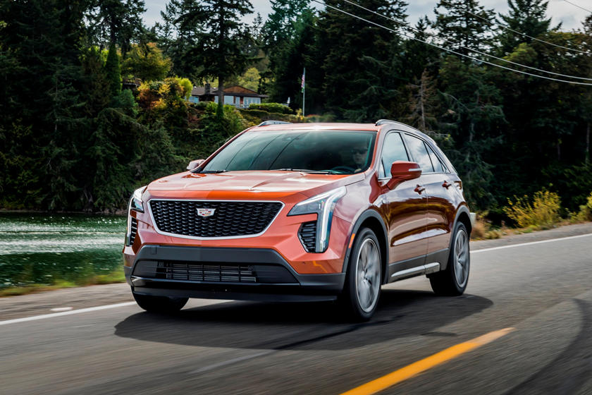 2020 Cadillac XT4 front view, orange