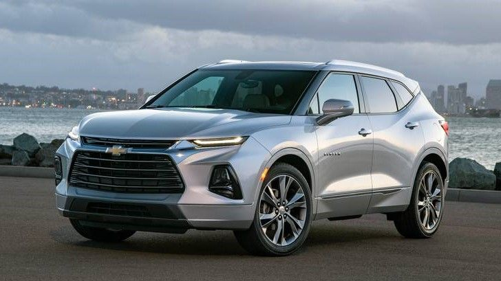 2020 Chevrolet Blazer Front Three-quarter View