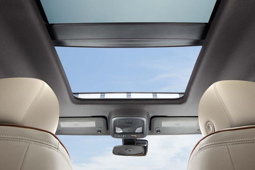 2020 Chevrolet Impala sunroof