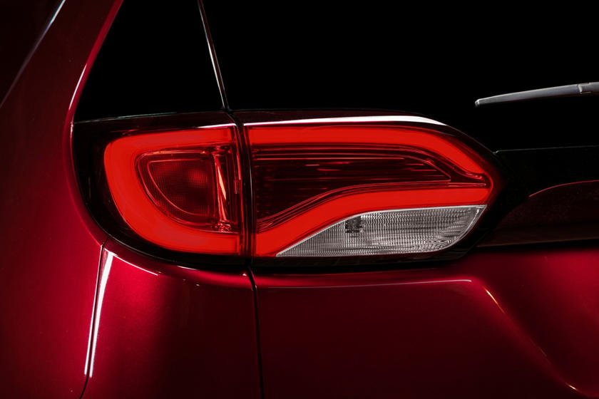 2020 Chrysler Pacifica Taillight