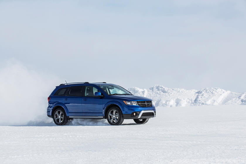 2020 dodge journey front view in snow