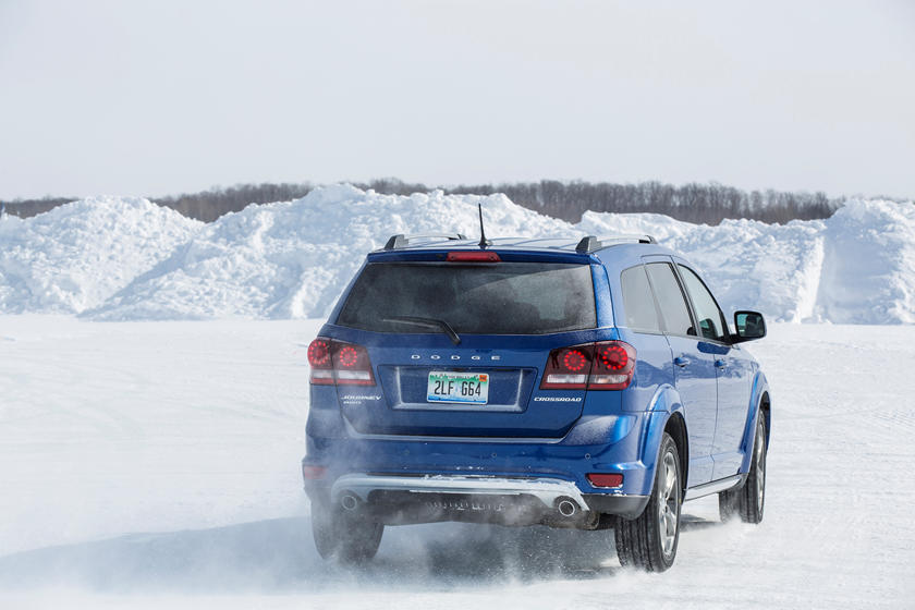 2019 dodge journey rear view in snow