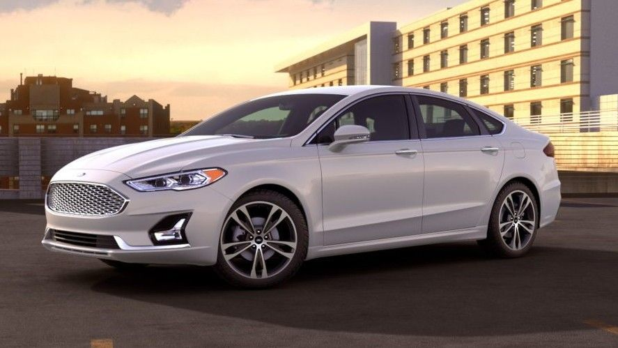 White 2020 Ford Fusion Front Three-quarter View
