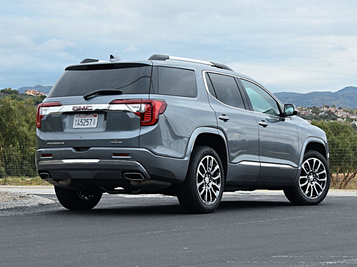 2021 GMC Acadia rear view