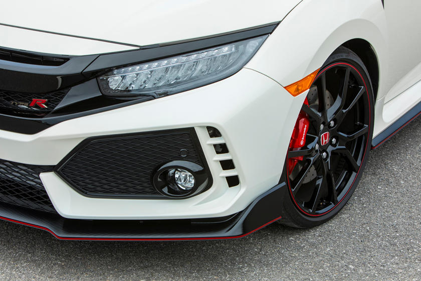 2020 Honda Civic Type-R head light