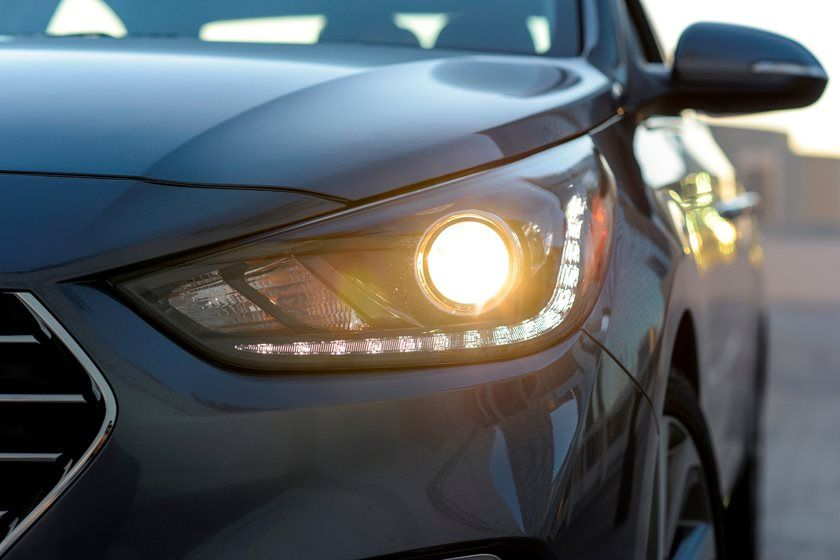 2020 Hyundai Accent headlight