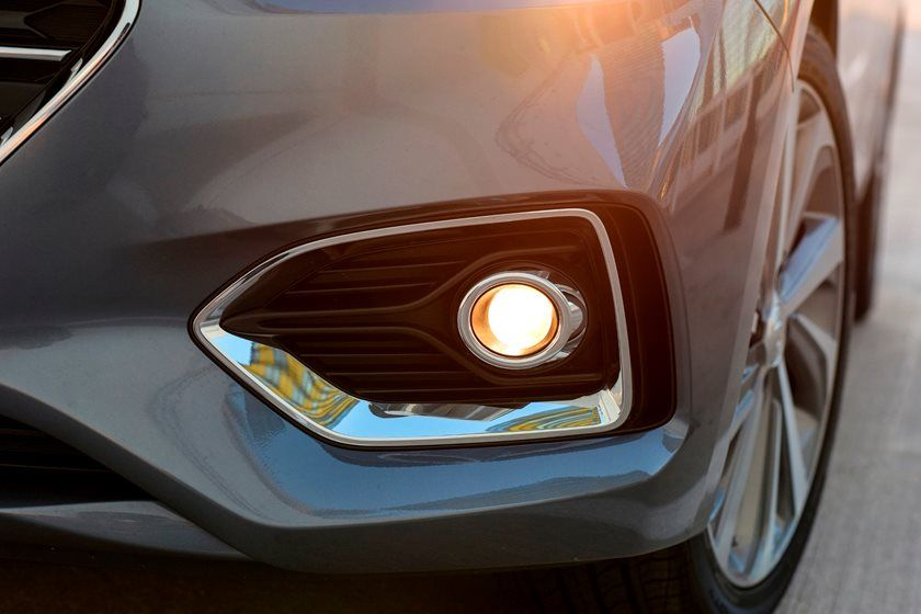 2020 Hyundai Accent fog lamp