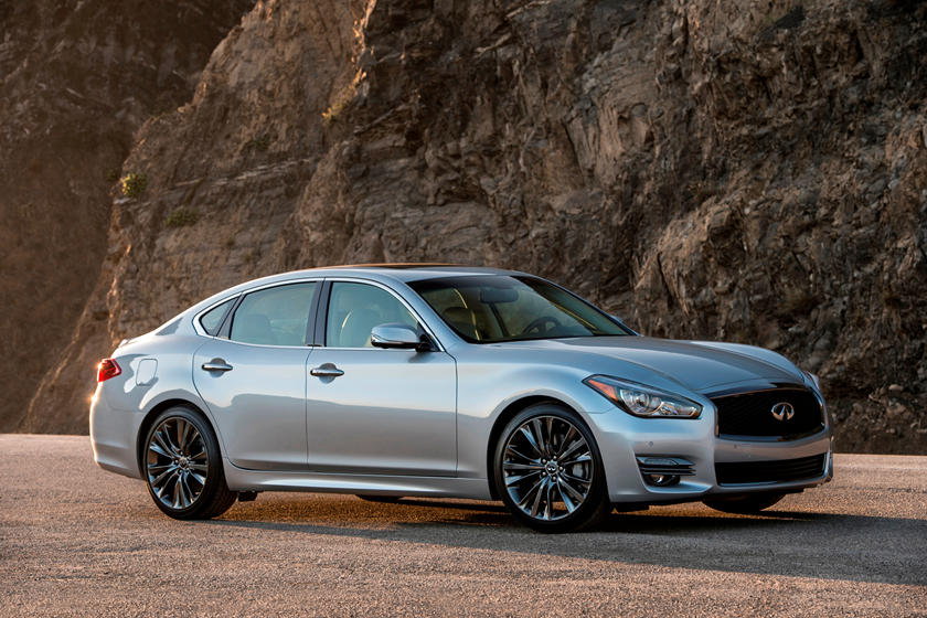 2020 Infiniti Q70 Three Quarter View