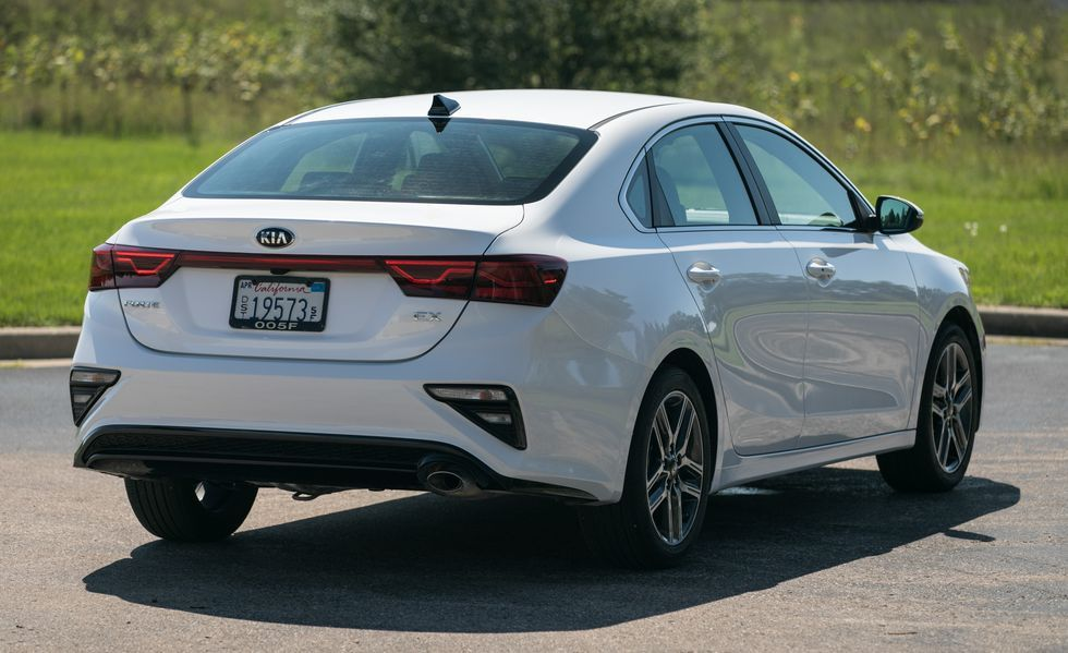 2020 Kia Forte Rear Three-quarter View