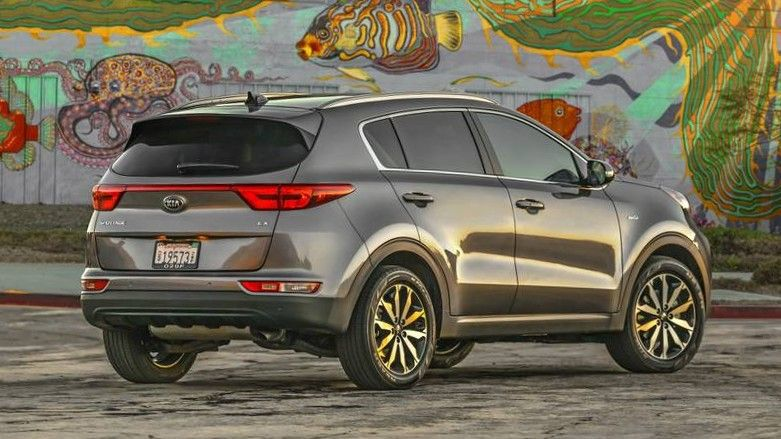 2020 Kia Sportage Rear Three-quarter View