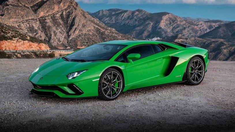 2019 Lamborghini Aventador S Front Three-quarter View