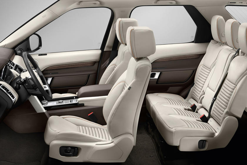 2020 Land Rover Discovery seating