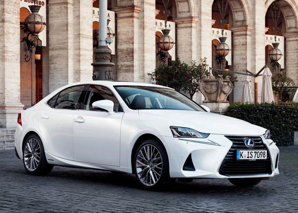 2020 Lexus IS 300 Angular Front View