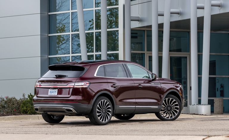 2020 Lincoln Nautilus Rear View