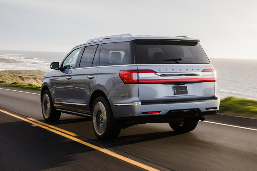 2019 Lincoln Navigator rear three quarters silver view