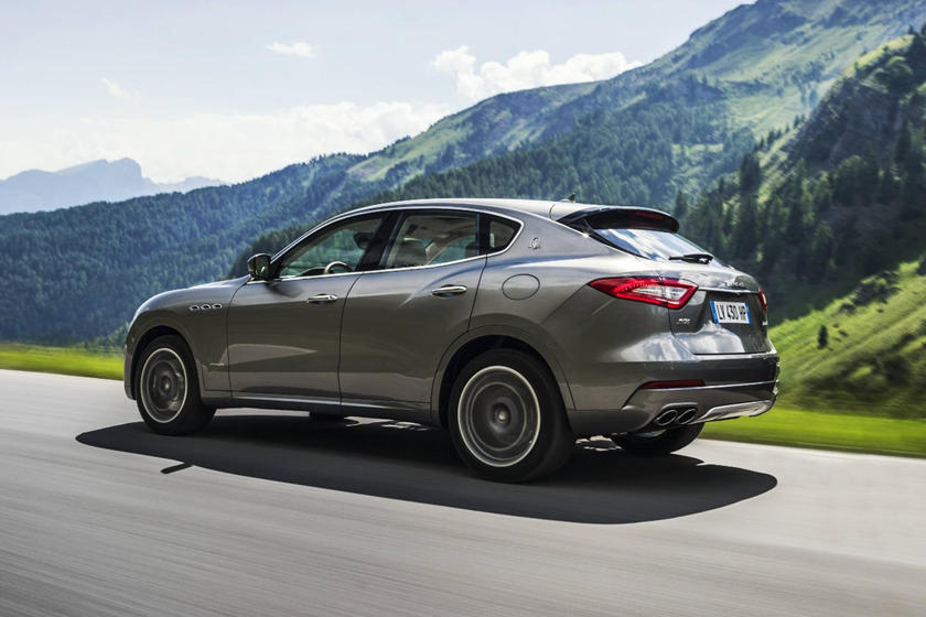 2020 Maserati Levante side view