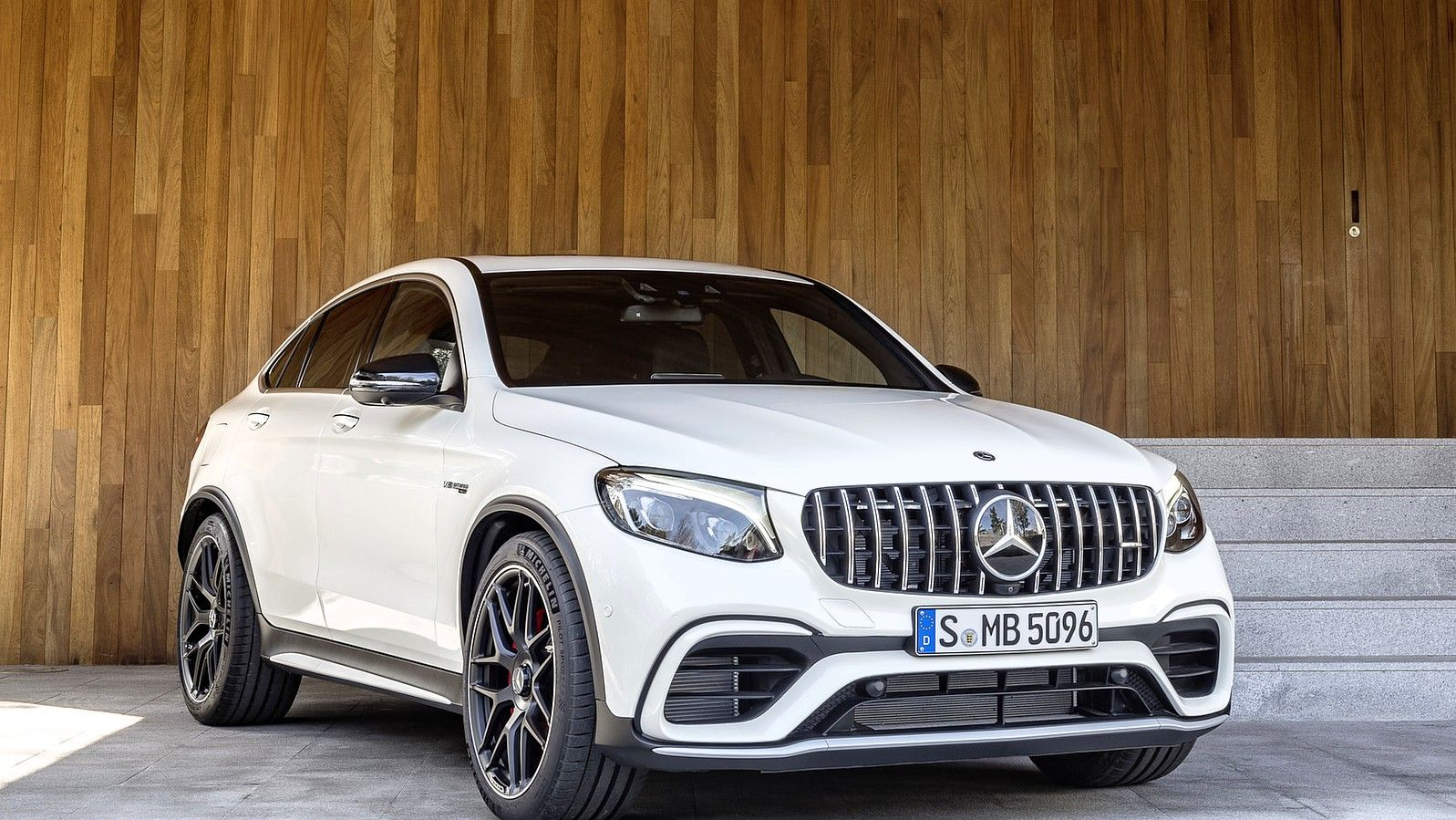2020 Mercedes AMG GLC 63 Coupe SUV white front three quarters