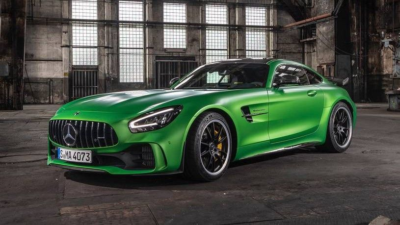 2019 Mercedes-Benz AMG GT coupe Front Three-quarter View