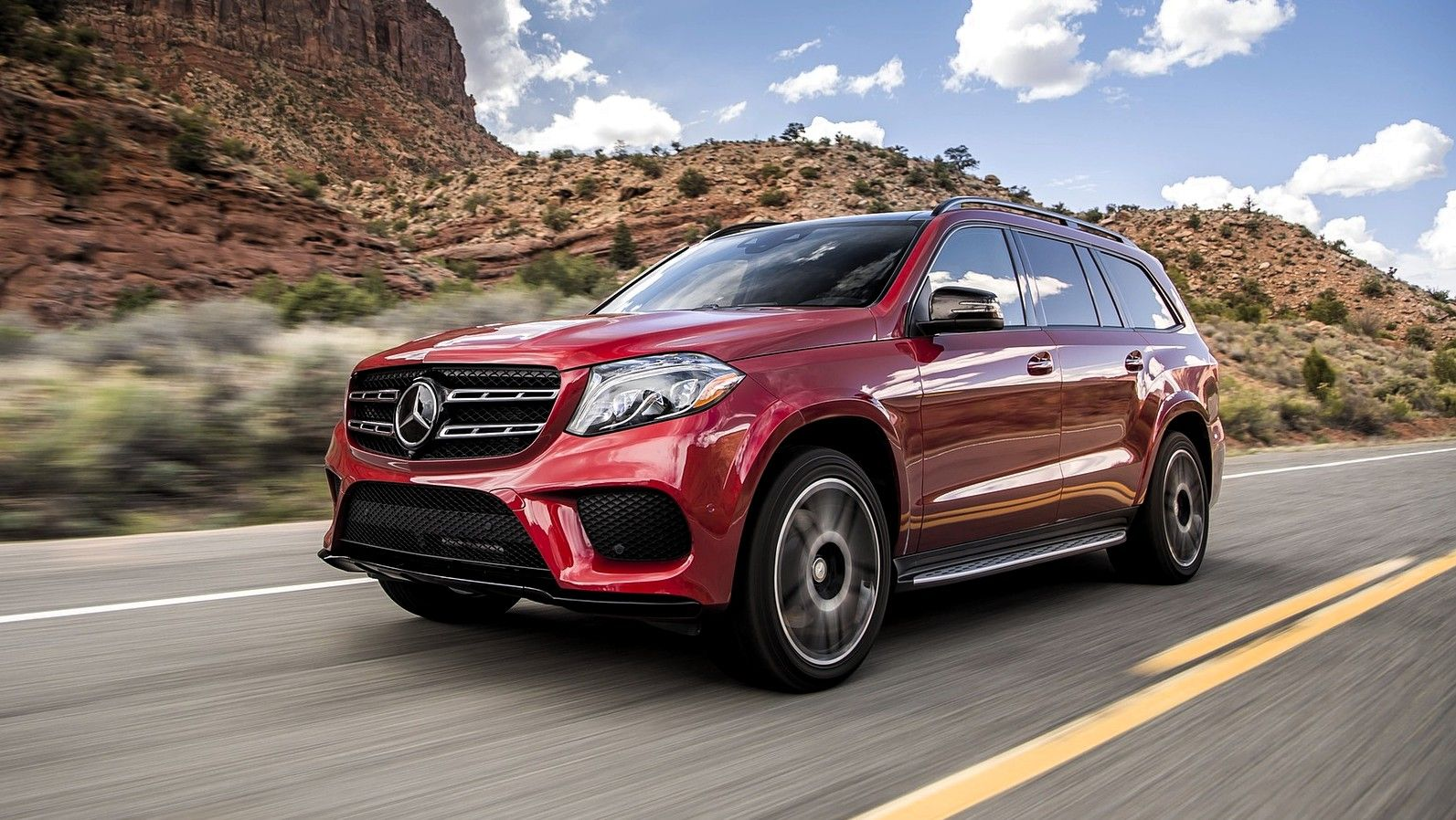 2019 Mercedes Benz GLS Class front three quarters red
