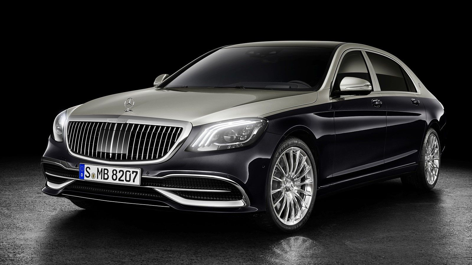 2020 Mercedes Maybach sedan front three quarters black and silver