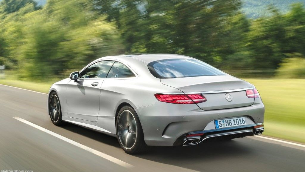 2020 Mercedes Benz S Class coupe rear view