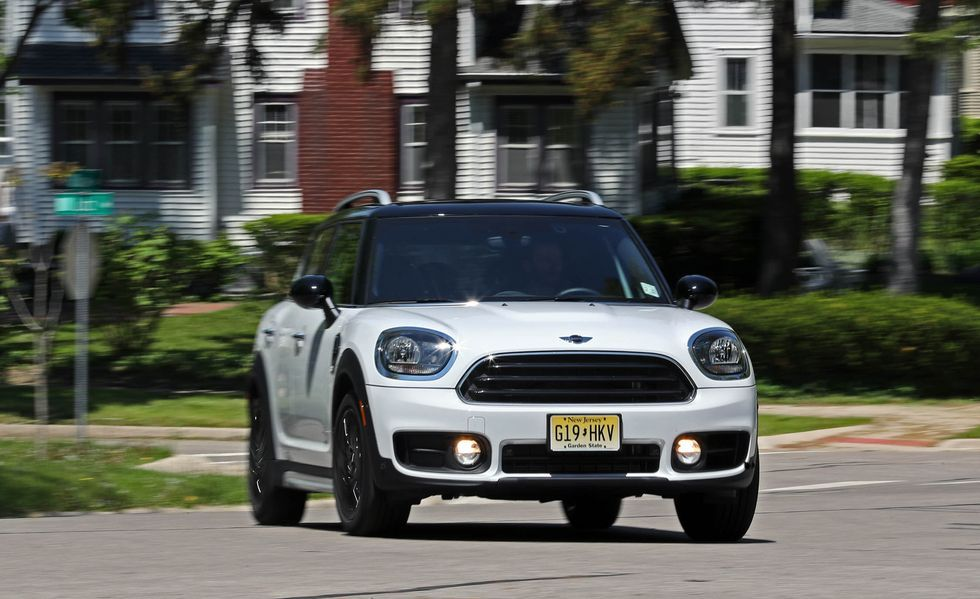2020 Mini Countryman Wagon front view