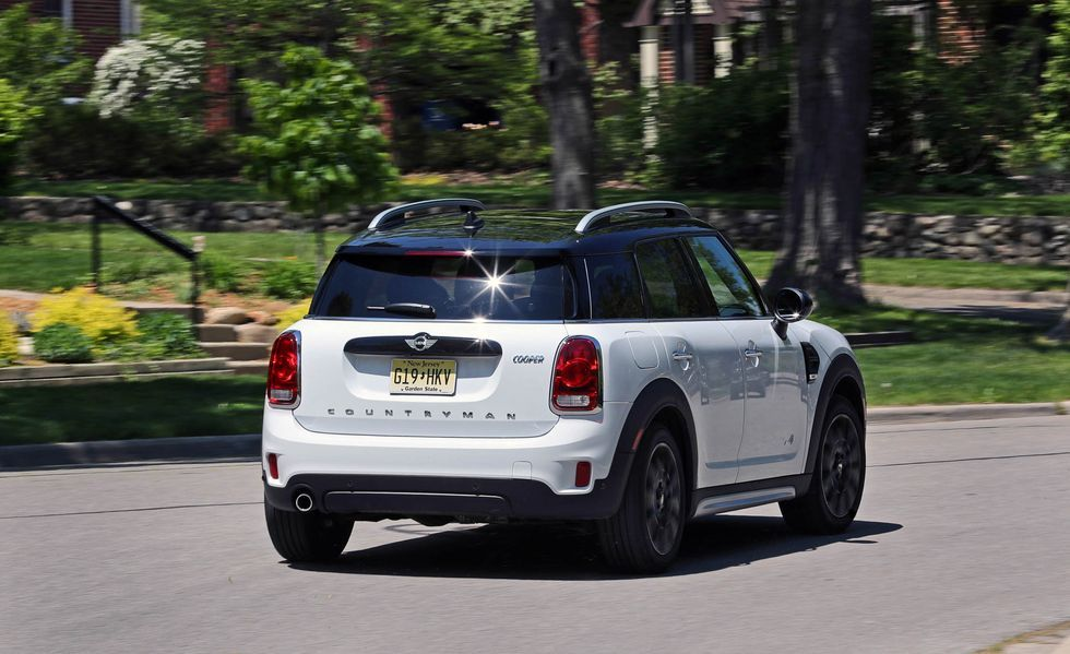 2020 Mini Countryman Wagon rear view