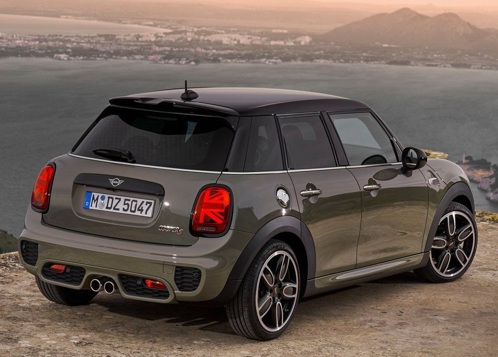 2020 Mini 4 Door Hardtop Angular Rear View