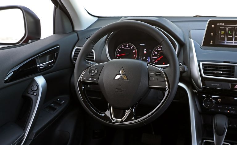 2020 Mitsubishi Eclipse Cross steering