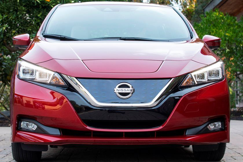 2020 Nissan Leaf front view