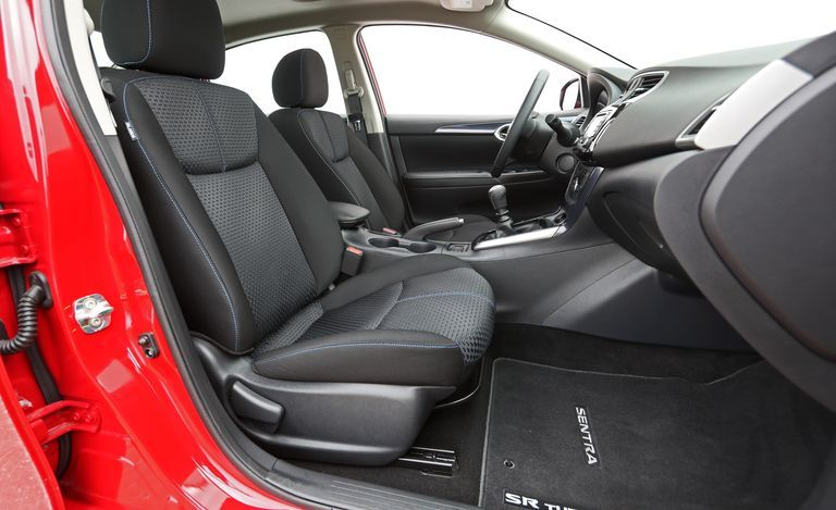 2019 Nissan Sentra front seat