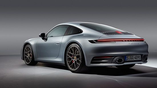 2020 Porsche 911 Carrera Coupe Rear Three-Quarter View