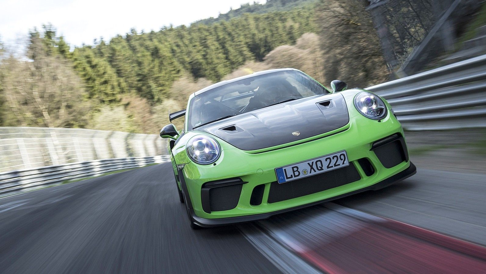 2019 Porsche 911 GT3 RS front three quarters lizard green