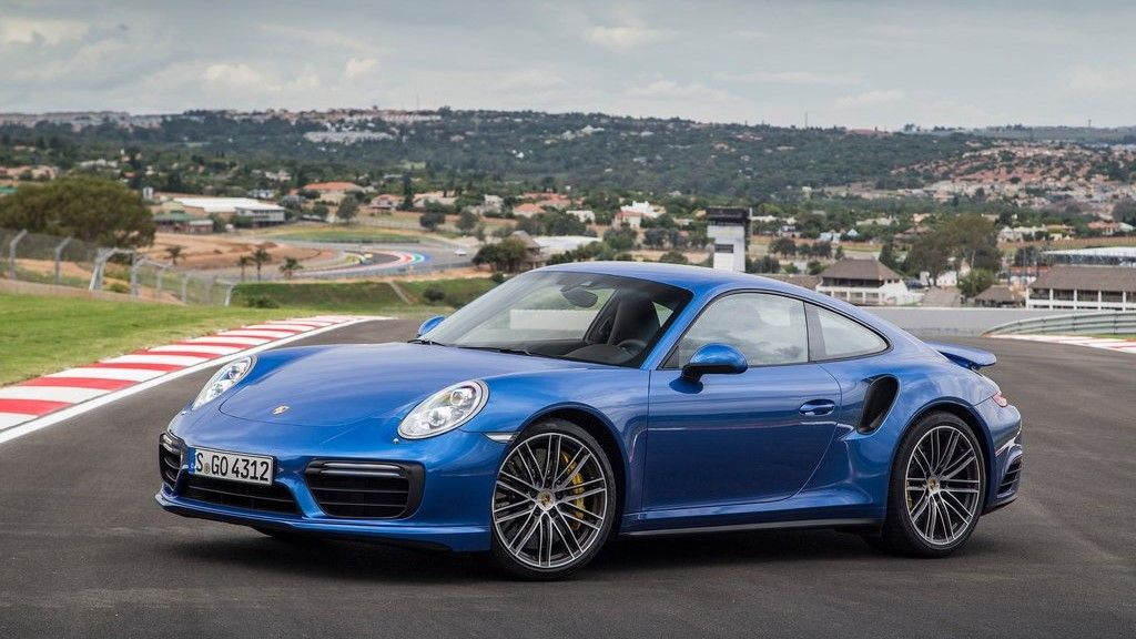 2019 Porsche Turbo coupe front view