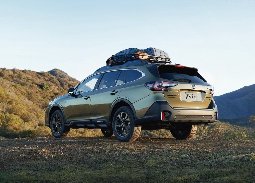 2020 Subaru Outback Angular Rear View