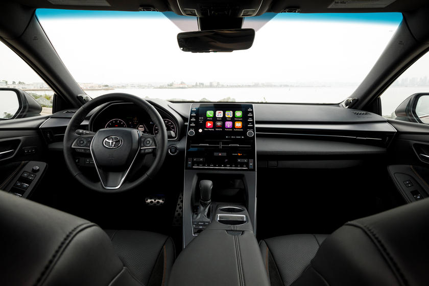 2020 Toyota Avalon Dash view