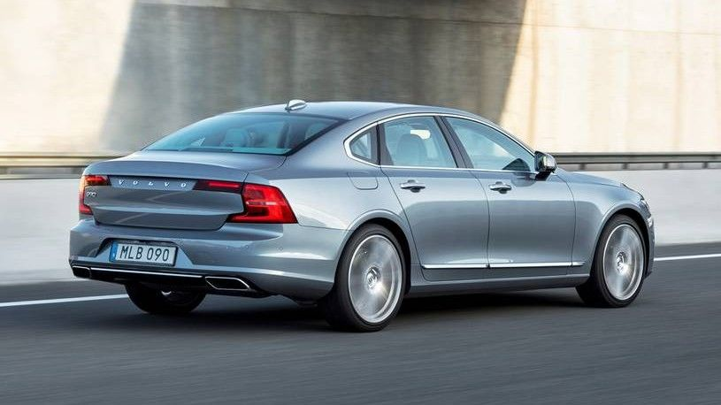 2020 Volvo S90 Rear Three-quarter View