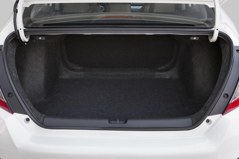 2019 Honda civic trunk